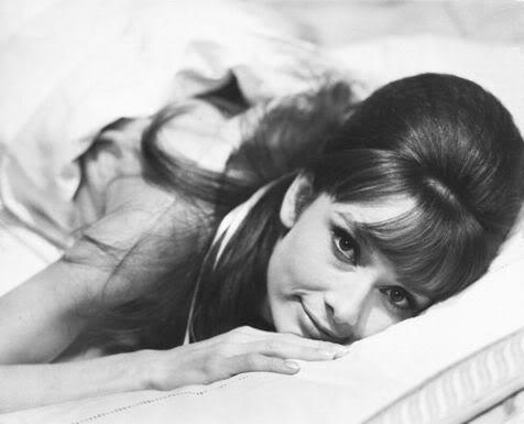 Audrey-Hepburn-Photograph-C10101762
