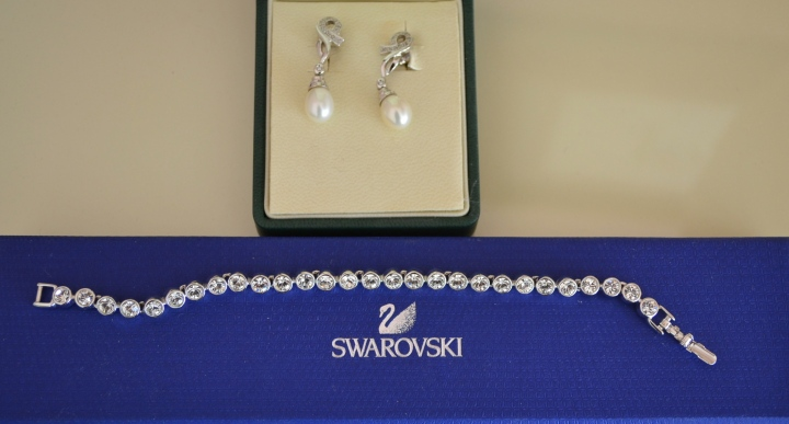 Complements of Swarovski