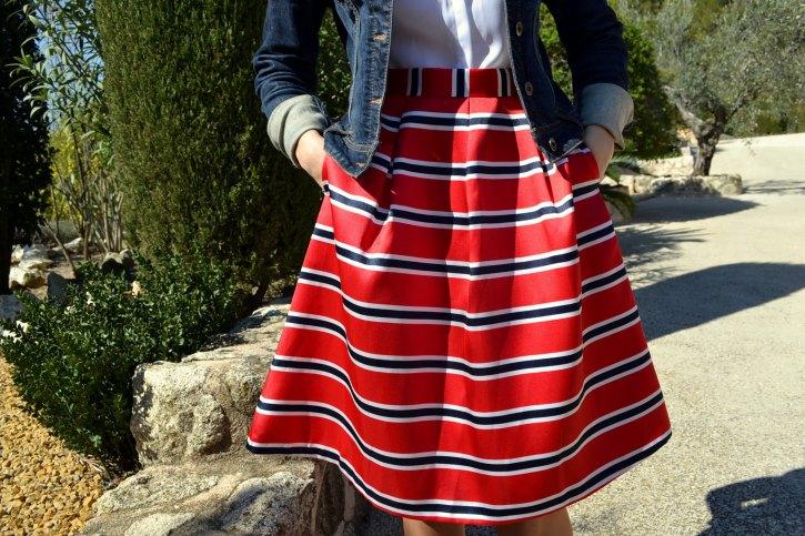 Detalles falda midi Suiteblanco